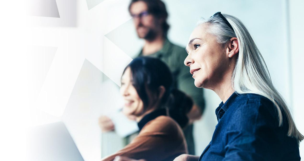 SDL Trados Studio - Three people in a work meeting